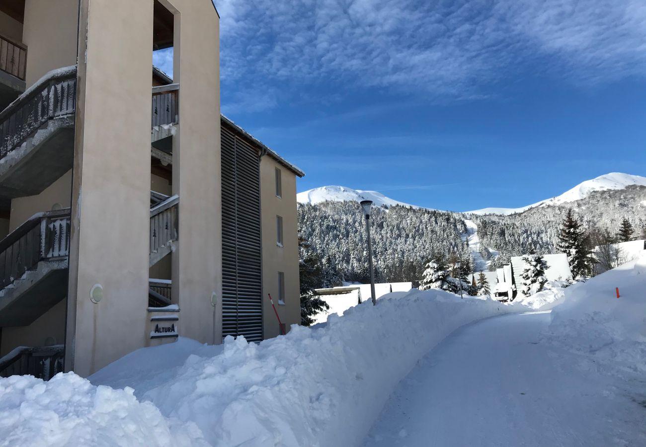 Apartment in Le Lioran - ALTURA T4 neuf, terrasse sud face aux montagnes