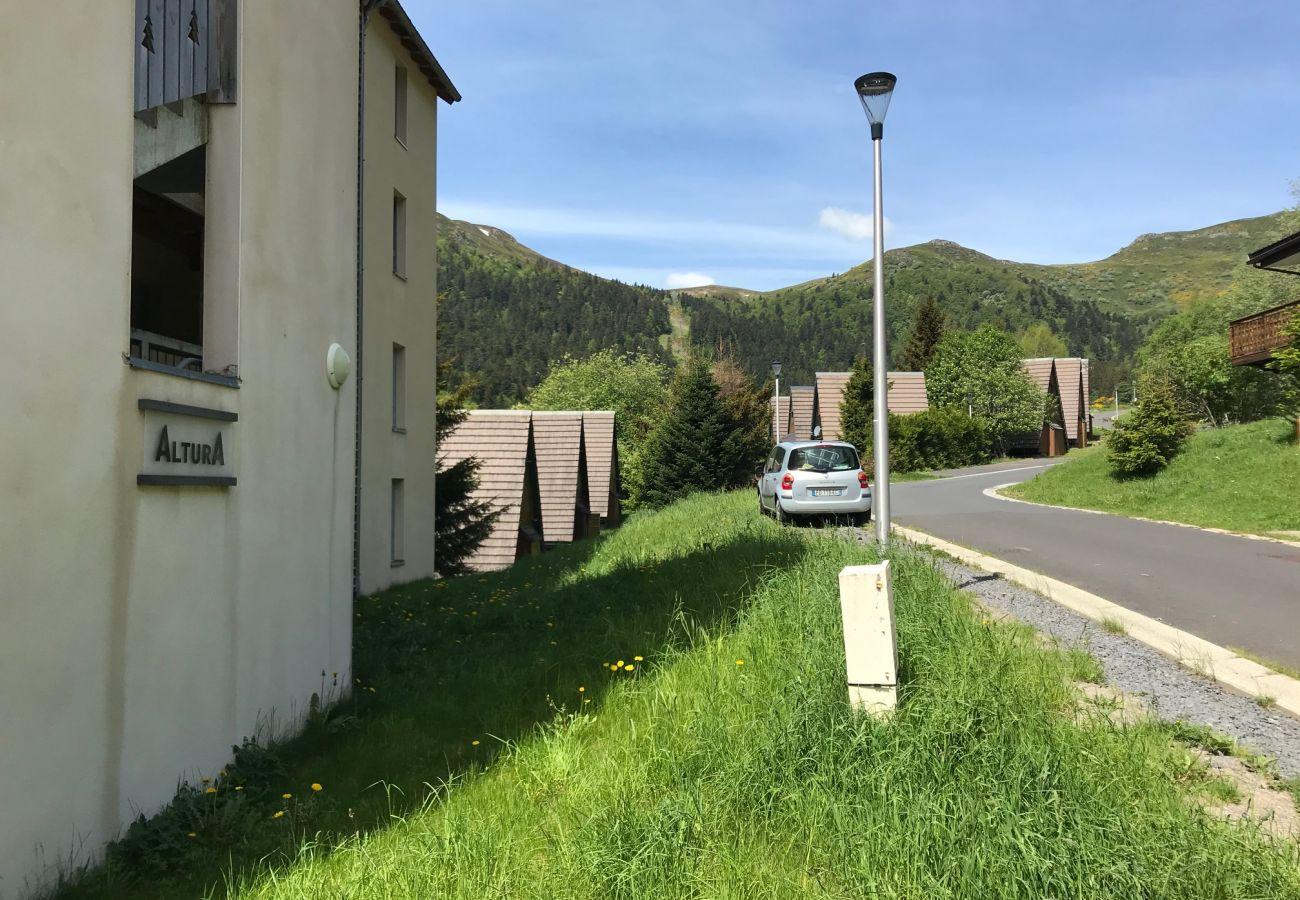 Apartment in Le Lioran - ALTURA T2 Duplex wifi au pied des montagnes